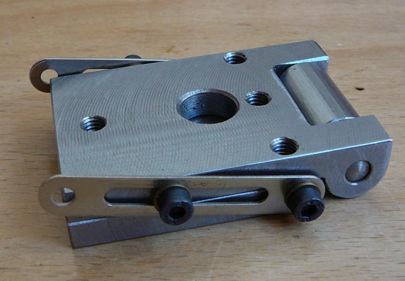 fixation des pièces avec la MF70 P1080312