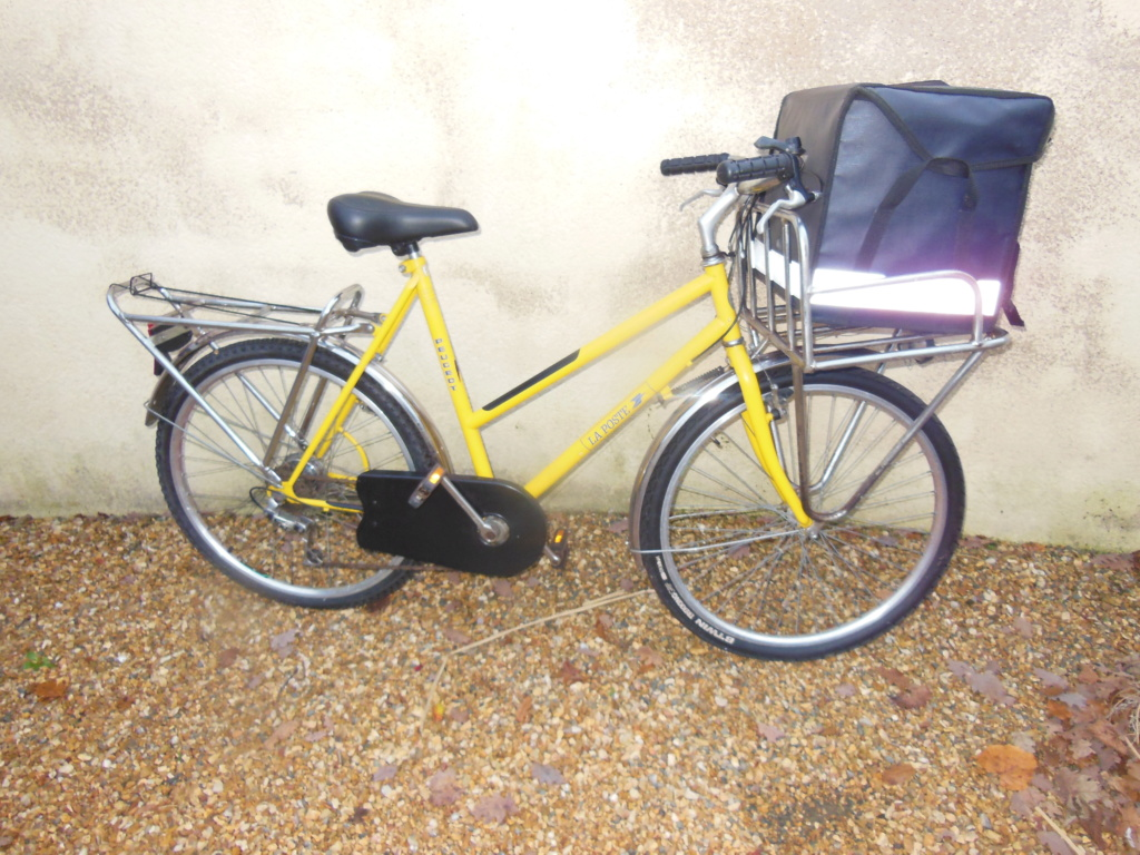 Vélo peugeot du facteur 00138