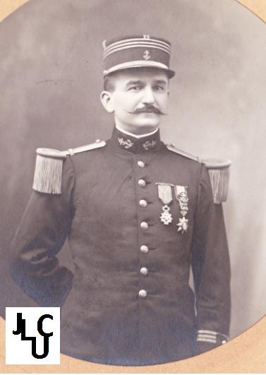 Tenues de l'Infanterie Coloniale par la photo, IIIème République 1893-1914 (Off) 01110