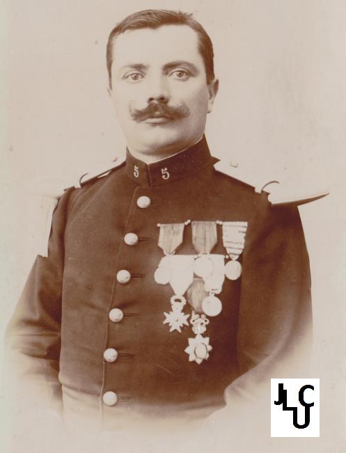 Tenues de l'Infanterie Coloniale par la photo, IIIème République 1893-1914 (Off) 01610