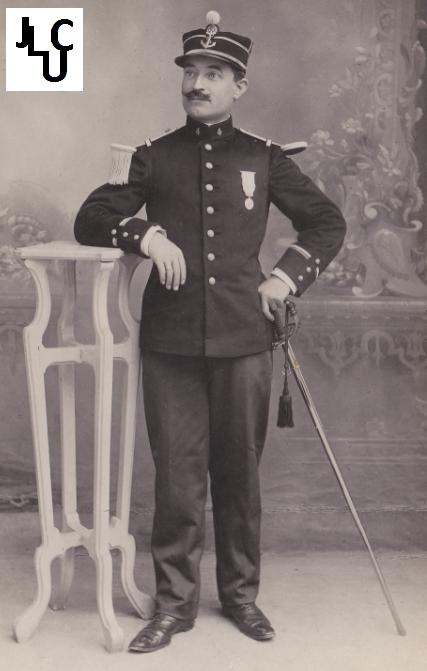 Tenues de l'Infanterie Coloniale par la photo, IIIème République 1893-1914 (Off) 02010