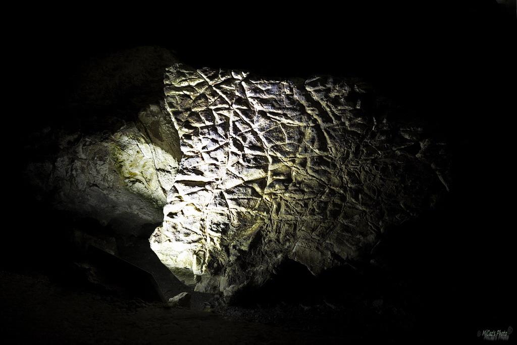La grotte de Thaïs Thais510