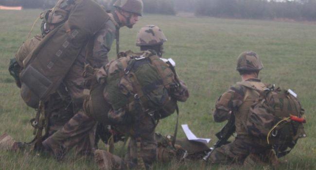 Plus de 500 rapaces du 1er RCP en manoeuvre du côté de Puivert (Aude) 20181111