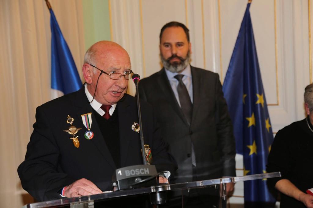 Un membre de l'UNP section 090 Ariège Roger Cathala Promu chevalier de la LH 79014110