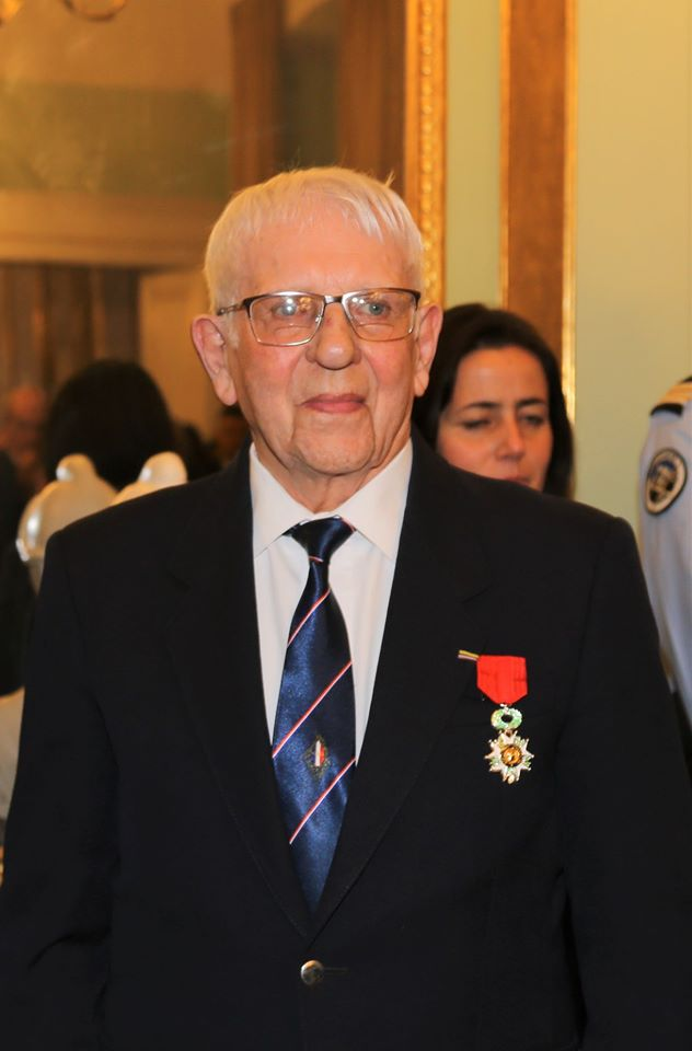 Un membre de l'UNP section 090 Ariège Roger Cathala Promu chevalier de la LH Marcel12