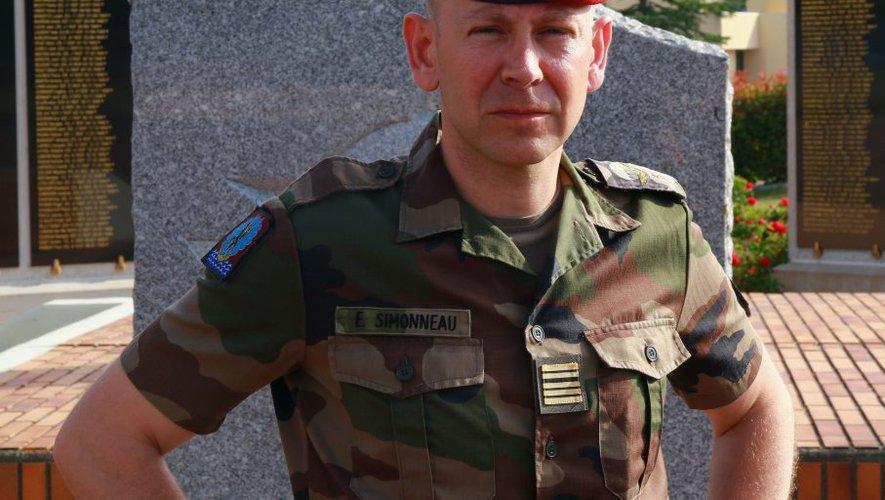 Passation de commandement au 1er para Simonn10