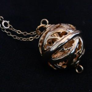 [Objet insolite] L'ambre gris  6186ea10