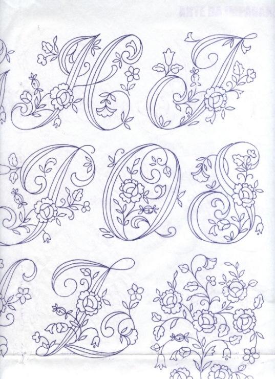dessins de broderies 13150211