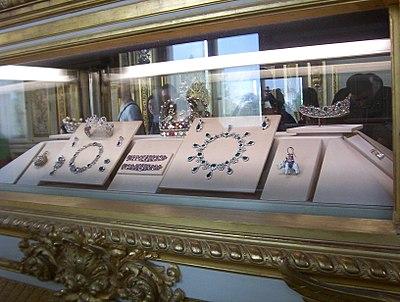 bijoux anciennes 400px-10