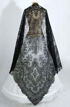 Robe de l'impératrice Elisabeth d'Autriche ( Sissi ) 62d33f10