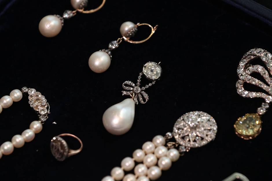 bijoux anciennes Ff3d3e10