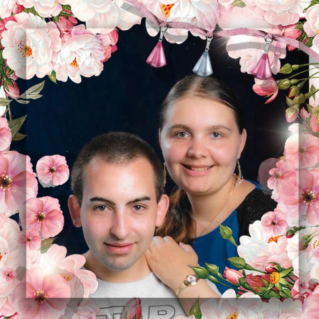 Montage de ma famille - Page 7 Photo105