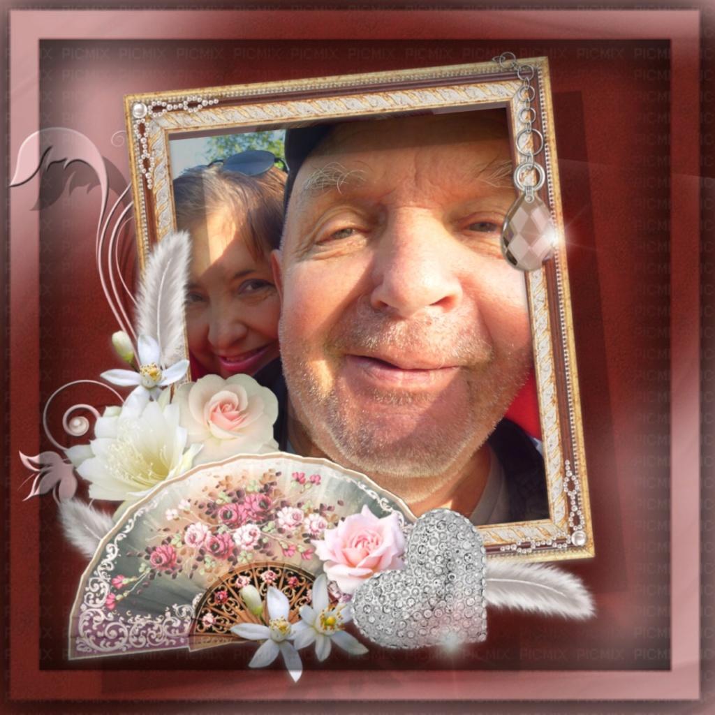 Montage de ma famille - Page 7 Photos73