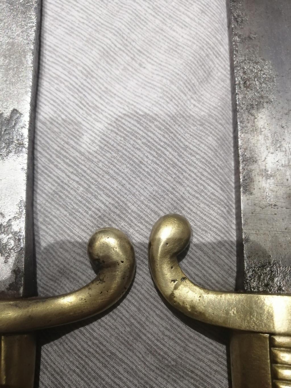 Sabre-Briquet inconnu 13196410