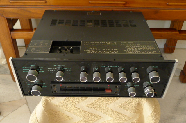 Mcintosh C-32 Stereo Preamplifier (Used) SOLD P1140964