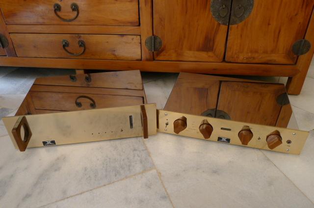 Ensemble Virtouso Preamplifier & Corifeo Power Amplifier (Used) P1150030