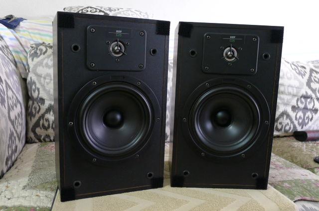 KEF C25 Bookshelf Speakers (Used) P1150236