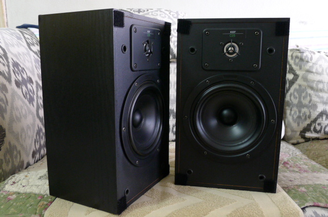 KEF C25 Bookshelf Speakers (Used) P1150237