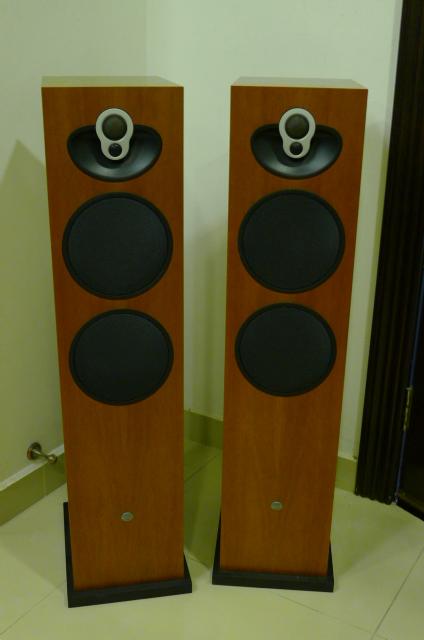 Linn Majik 140 Floorstander Speakers (Used) SOLD P1150526