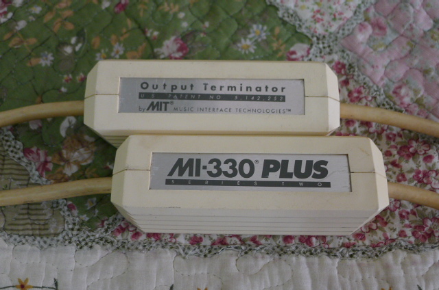 MIT MI-330 PLUS Series Two RCA Interconnects, 1.5m pair (Used) SOLD P1150616