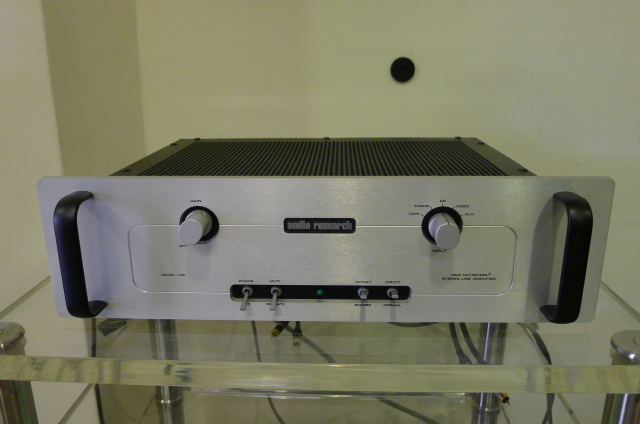 Audio Research LS2 Tube Line Preamplifier (Used) SOLD P1150728