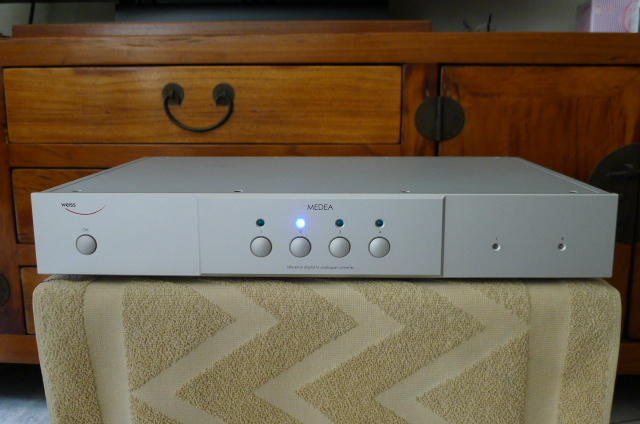 Weiss Medea High-end DAC (Used) P1150935