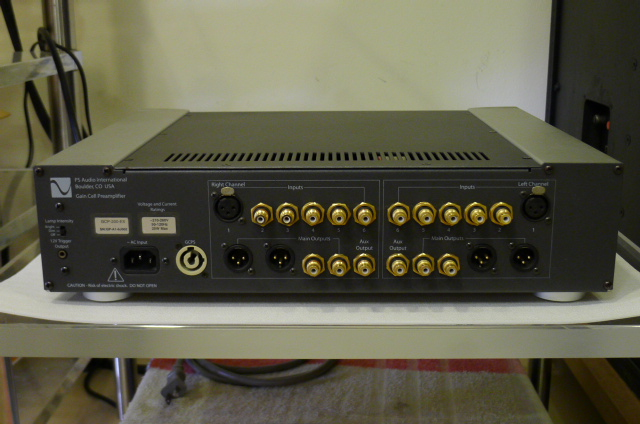 PS Audio GCP-200EX Stereo Preamplifier (Used) P1160039