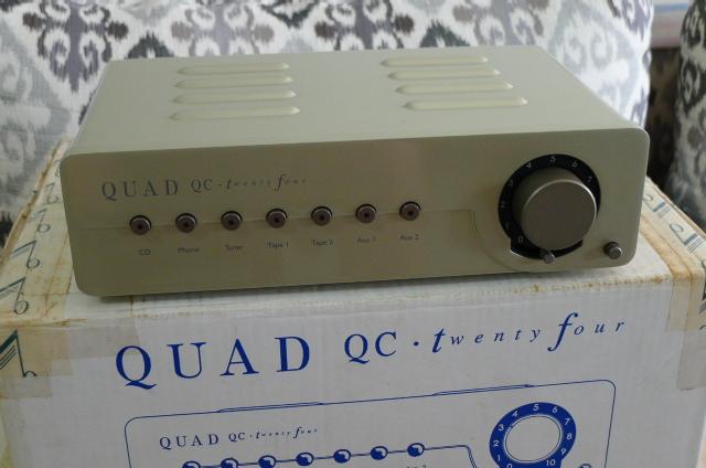 Quad QC Twenty Four Tube Preamplifier (Used) P1160042