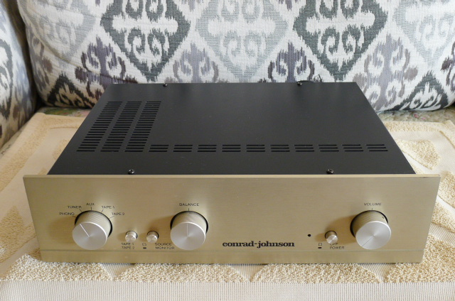 Cornard Johnson PV-7 Vacuum Tube Preamplifier with Phono (Used) P1160115