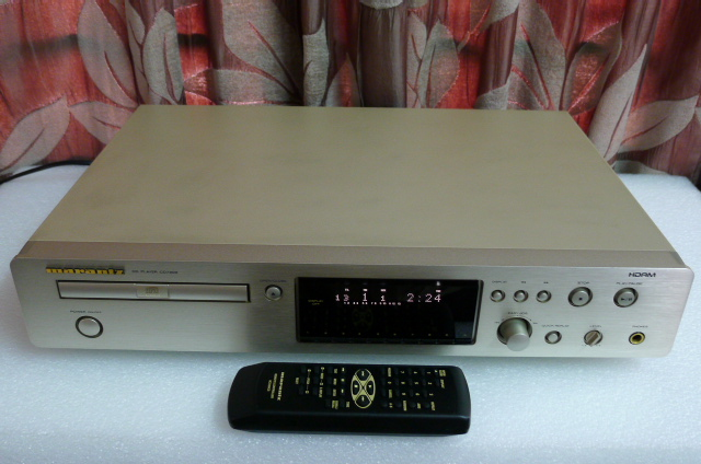 Marantz CD Player CD-7300 with Remote Control (Used) P1160214
