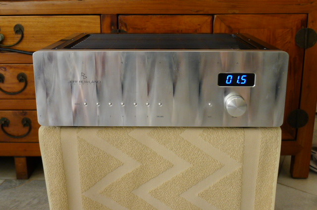 Jeff Rowland Concentra II Integrated Amplifier (Used) P1160410