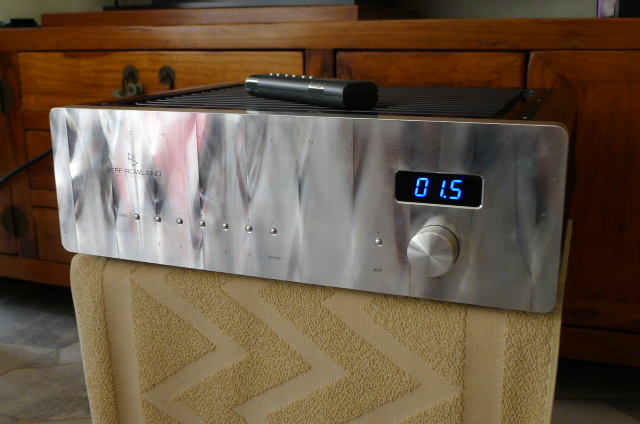 Jeff Rowland Concentra II Integrated Amplifier (Used) P1160411