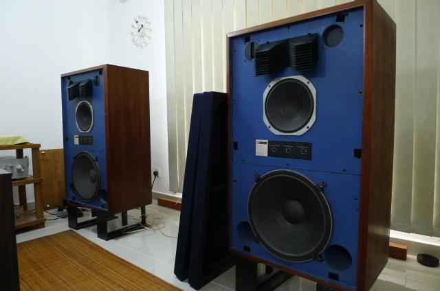 JBL 4343 Professional Series Studio Monitor Speakers (Used) SOLD P1160528