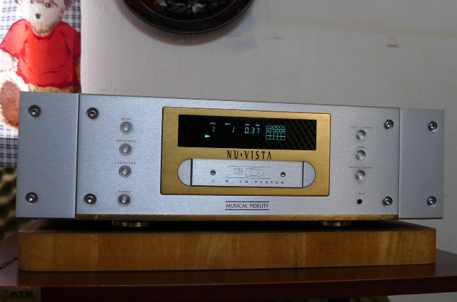 Musical Fidelity Nu-Vista 3D High-end CD Player, Limited-Edition  (Used) SOLD P1160632