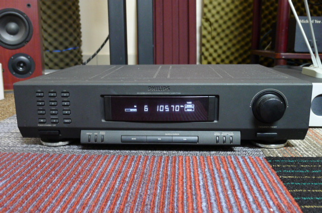 Philips AM/FM Stereo Tuner FT920 (used) SOLD P1160643