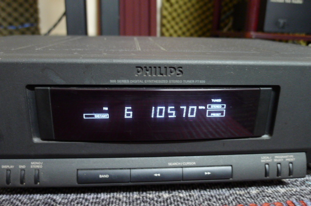 Philips AM/FM Stereo Tuner FT920 (used) SOLD P1160645