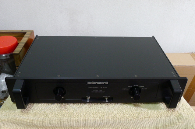 Audio Research LS9 Solid State Preamplifier (used) SOLD P1160646