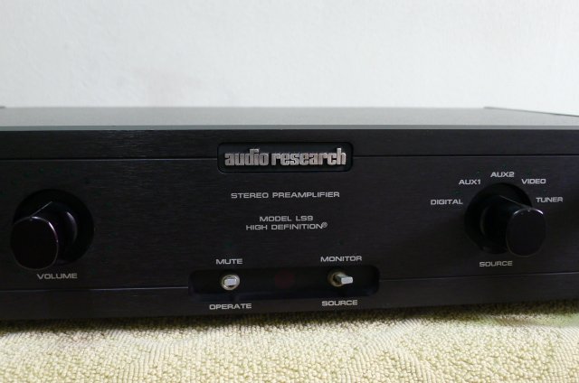 Audio Research LS9 Solid State Preamplifier (used) SOLD P1160648