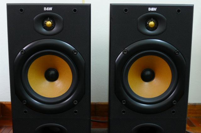 B&W DM 602 S1 Speakers (Used) SOLD P1160711