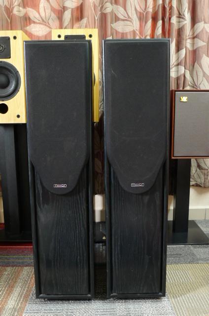 Mission 733i Floorstand Speakers (Used) SOLD P1160718