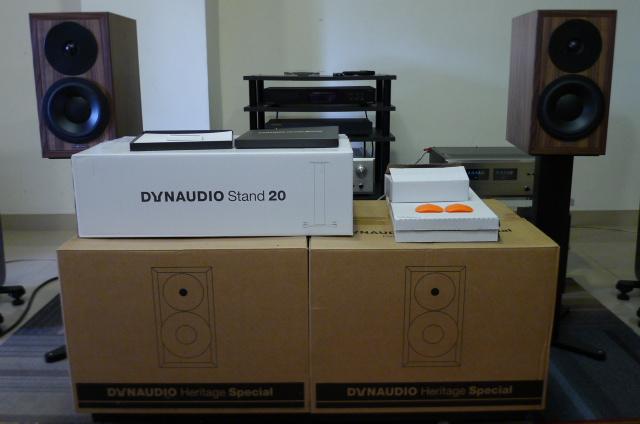 Dynaudio Heritage Special Edition Bookshelf Speakers (Used) P1160831