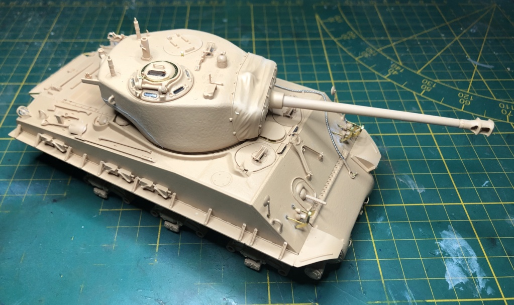 "Sherman M4A3 ""Easy Eight"" 1/35 Ryefield Model (Sans intérieur) Terminé le 26/09/2020 Img_4511"