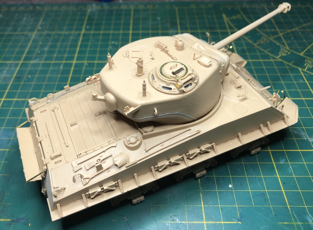 "Sherman M4A3 ""Easy Eight"" 1/35 Ryefield Model (Sans intérieur) Terminé le 26/09/2020 Img_7512"