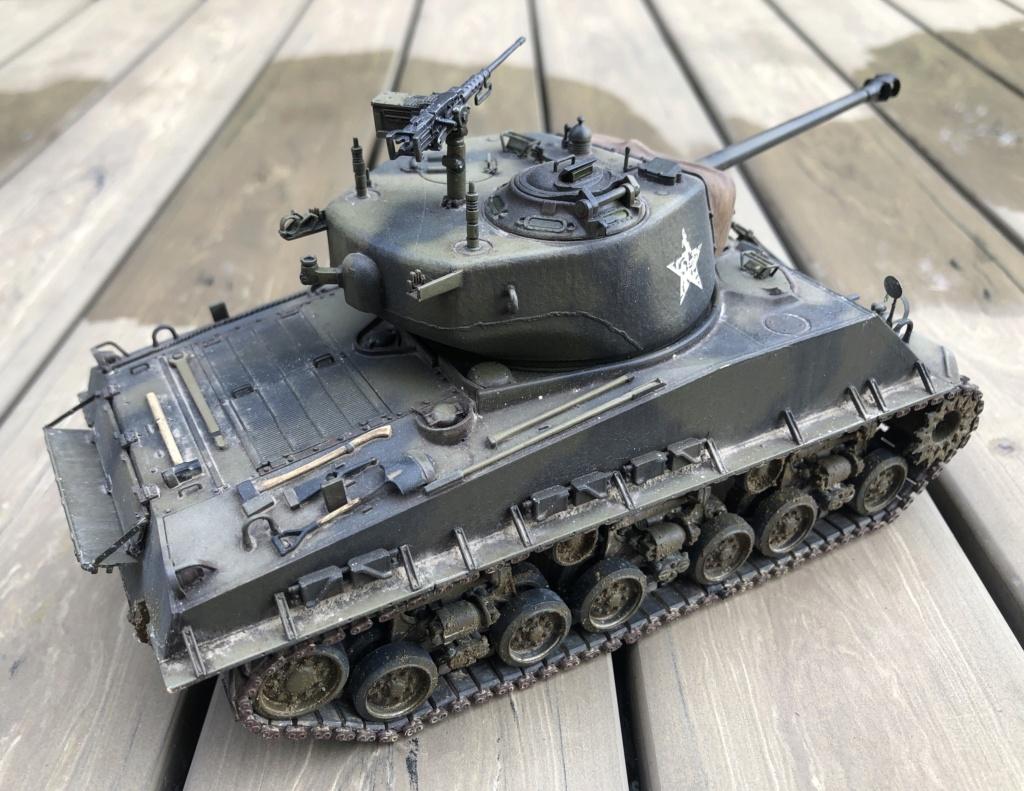 "Sherman M4A3 ""Easy Eight"" 1/35 Ryefield Model (Sans intérieur) Terminé le 26/09/2020 - Page 2 Img_8012"
