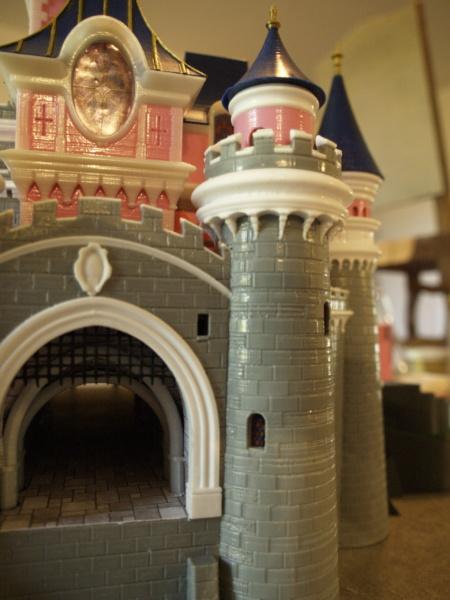 Maquette du château de la Belle au bois dormant de Disneyland Paris - Page 5 _6206514