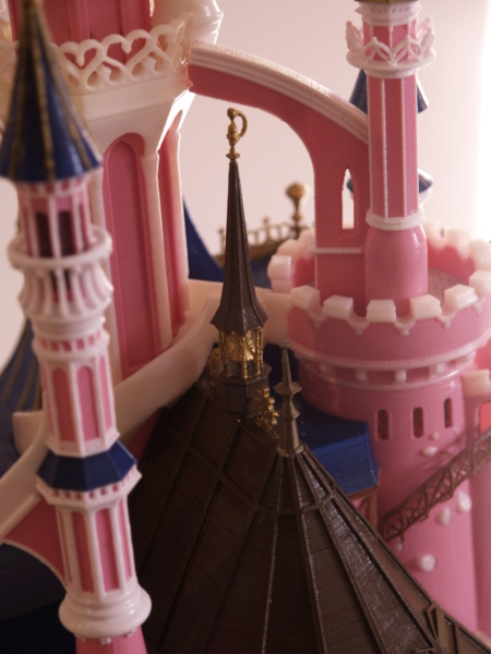 Maquette du château de la Belle au bois dormant de Disneyland Paris - Page 6 _a097915