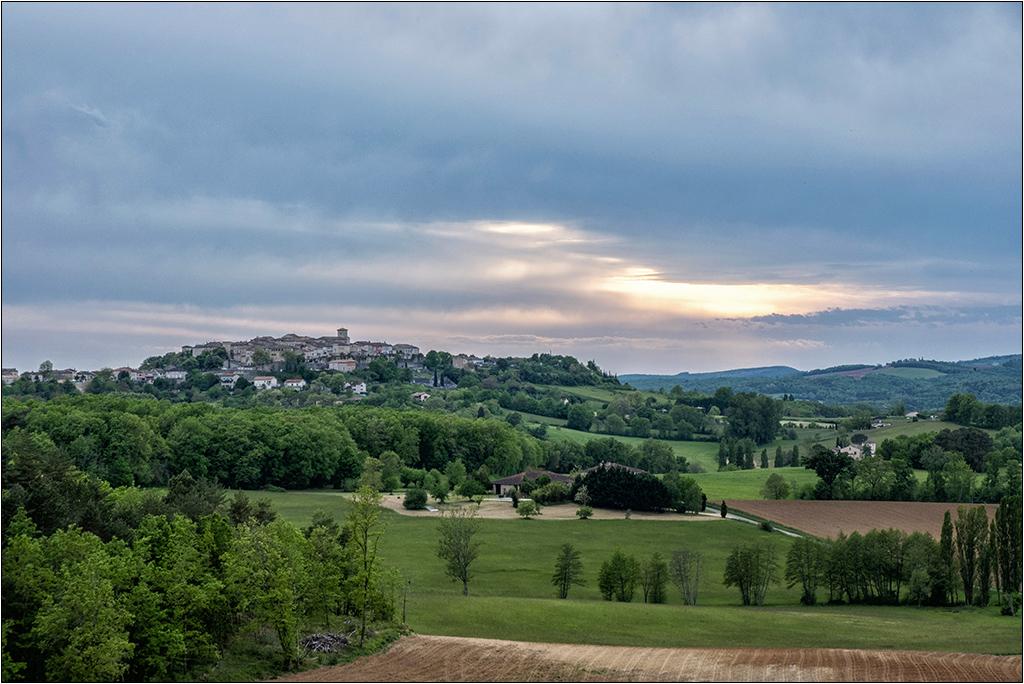 Castelneau de Montmiral + ajout  Dscf2128