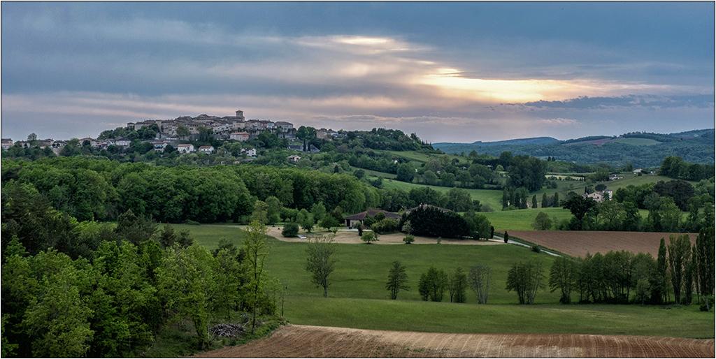 Castelneau de Montmiral + ajout  Dscf2129