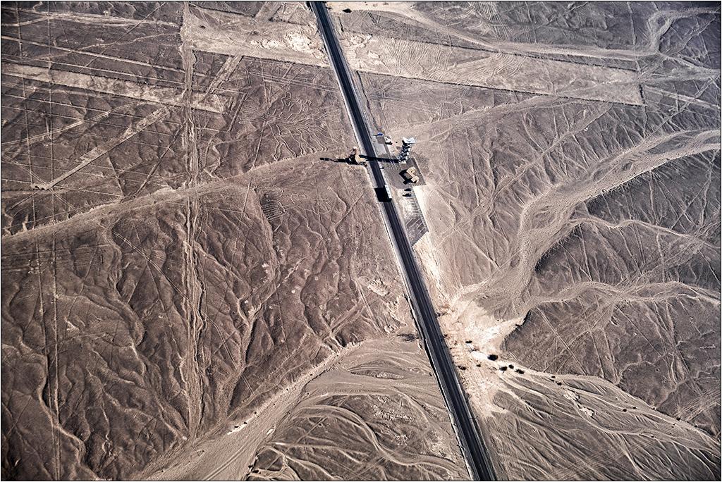Les lignes de Nazca vues d'avion Dscf3119