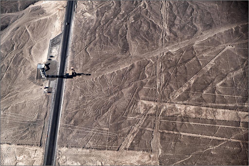 Les lignes de Nazca vues d'avion Dscf3124